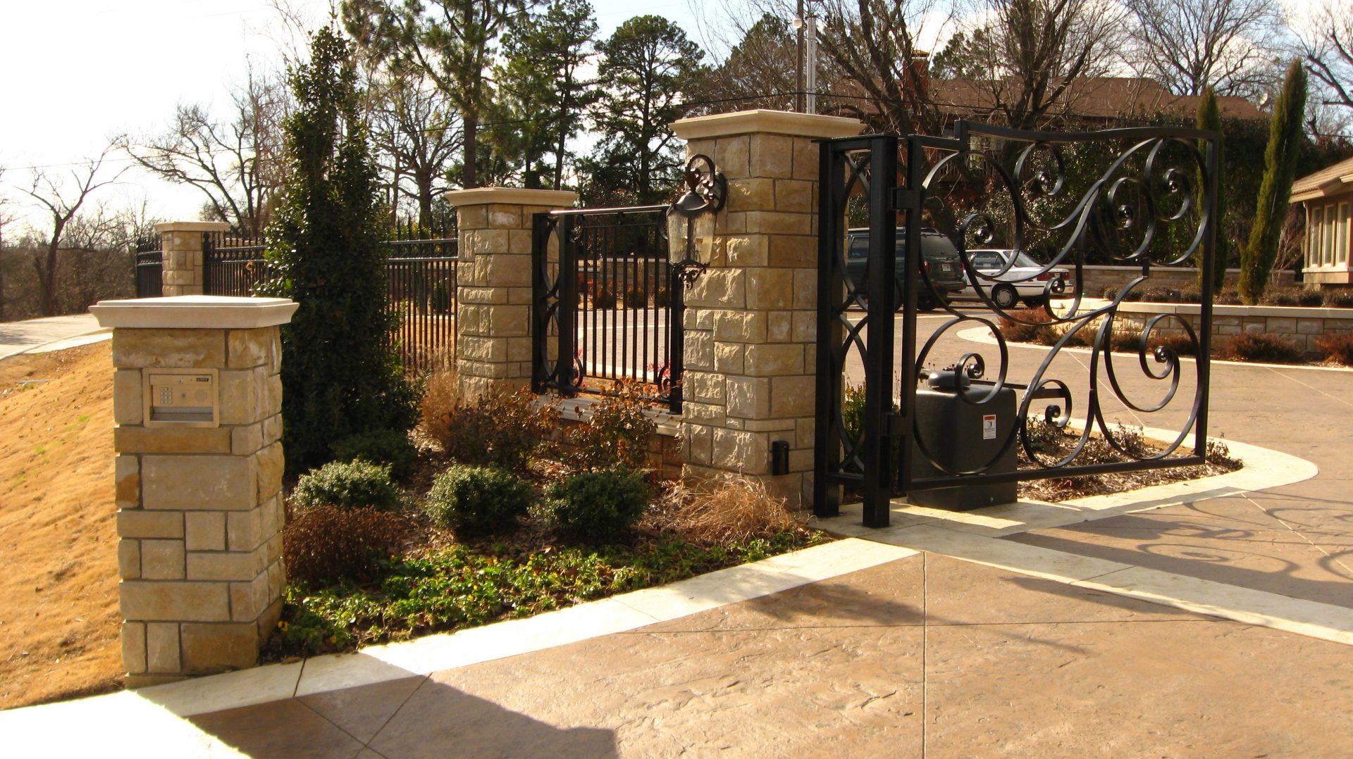 cliff drive fence garden design